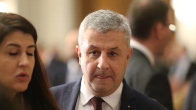 """Iordache a arătat Parlamentului m*ie ca să """"mascheze"""" această mârșăvie"""