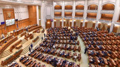 """Șeful de la Finanțe, enervat la Parlament: """"Sunt mulți măscărici"""". De ce spune că """"ordonanța lăcomiei"""" e bună"""