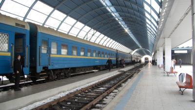 Calea ferată suspendată spre Aeroportul Otopeni ar putea deveni realitate. Când va fi gata