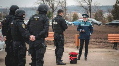 Polițistul din Iași care s-a folosit abuziv de 112 pentru o cerere în căsătorie, pe banii tăi