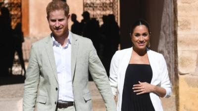 Marea Britanie, în sărbătoare: s-a născut primul copil al Prințului Harry și al Ducesei Meghan Markle