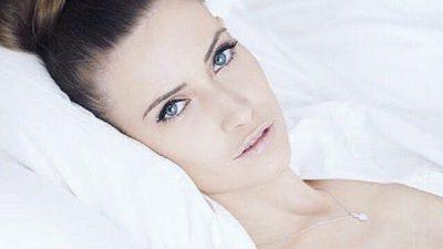 Iulia Albu a fost operată de urgență din cauza unui chist. Care este starea vedetei acum