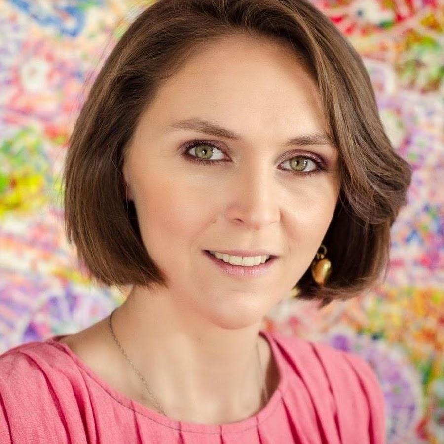 Designerul Adela Pârvu a devenit celebră la PRO TV! Iată cât costă dacă vreți să vă amenajeze casa