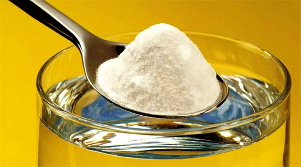 Bicarbonatul de sodiu te scapă de stomatolog. Cum să-ți albești dinții eficient