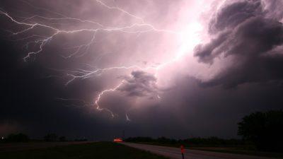 Prognoza meteo joi, 20 iunie: ANM a emis cod galben de vijelii și grindină pentru aproape toată țara