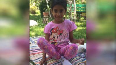 Primele imagini cu fetița de 8 ani din Mehedinți, după ce a fost luată de părinții adoptivi – VIDEO