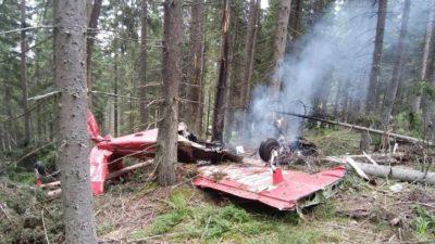 FOTO Accident aviatic, în Harghita. Imagini cu salvarea celor două persoane aflate la bord