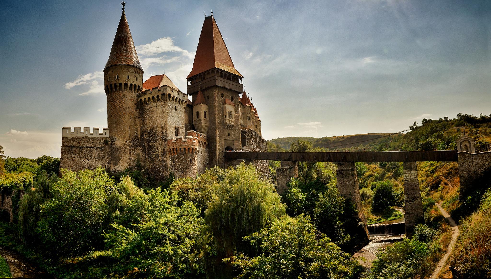 Ce mistere se ascund în Castelul Corvinilor?