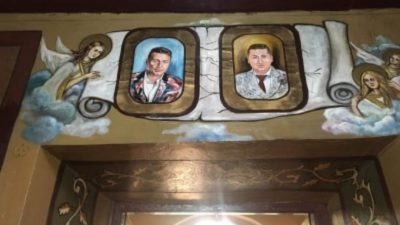 Apropiații familiei Dragnea, pictați pe pereții unei biserici din Turnu Măgurele: ce spune Arhiepiscopia