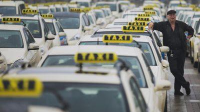 Transportatorii vor protesta, marți, în Piața Constituției. Sunt nemulțumiți de proiectul de lege pentru ridesharing