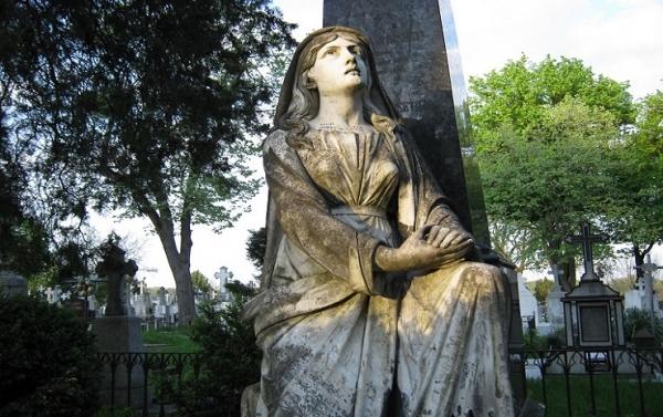 Statuia uriașei din Iași, poveste impresionantă