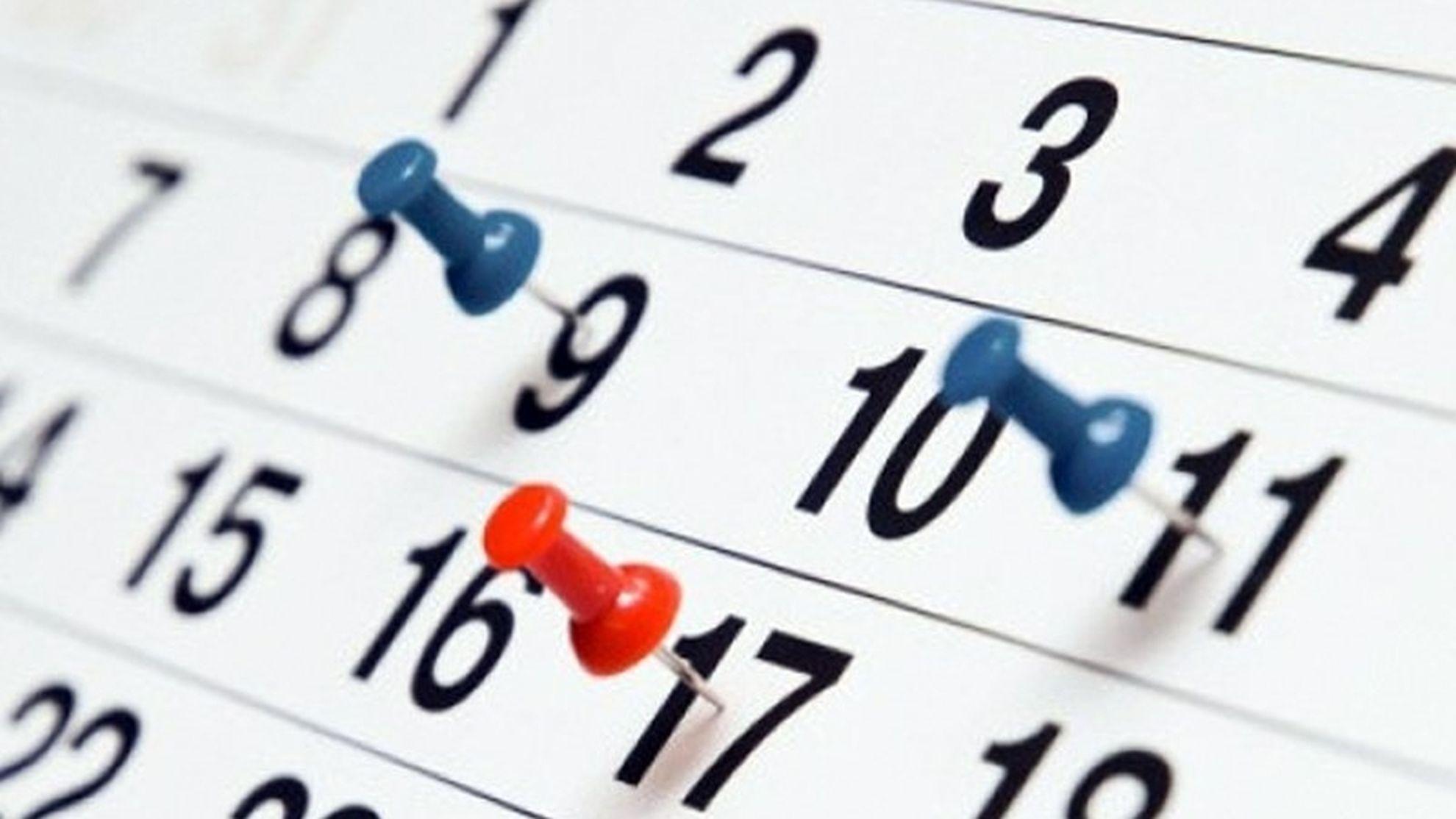 Codul Muncii 2019. Puntea între weekend și sărbătorile legale ar putea să fie scoasă în afara legii