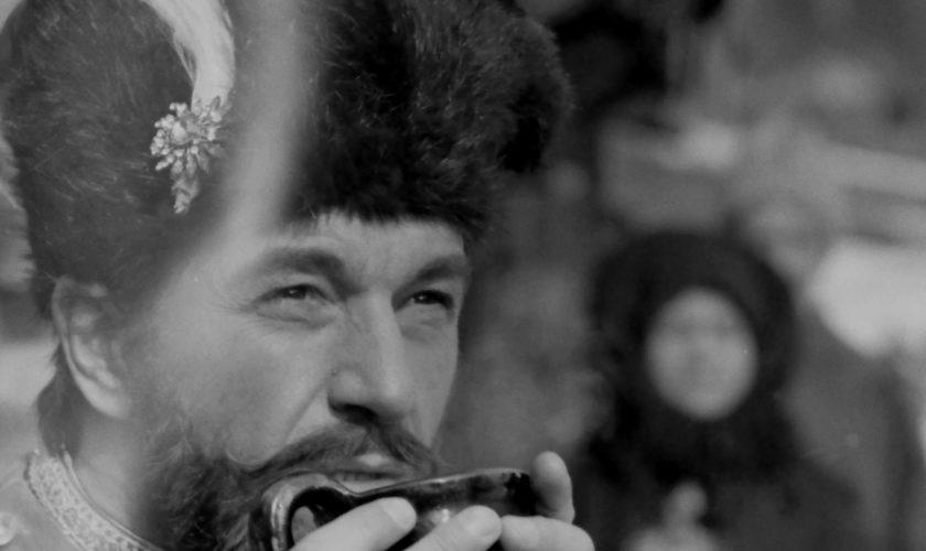 """Imagini rare de la filmările unor producții precum """"Mihai Viteazul"""", """"Pădurea spânzuraților"""", """"Ultimul cartuș"""" – GALERIE FOTO"""
