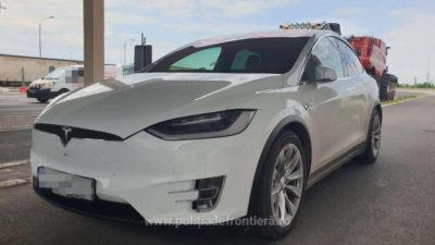 De ce au confiscat autoritățile din Vama Giurgiu mașini Tesla de 160.000 de euro. Ce au descoperit în acte