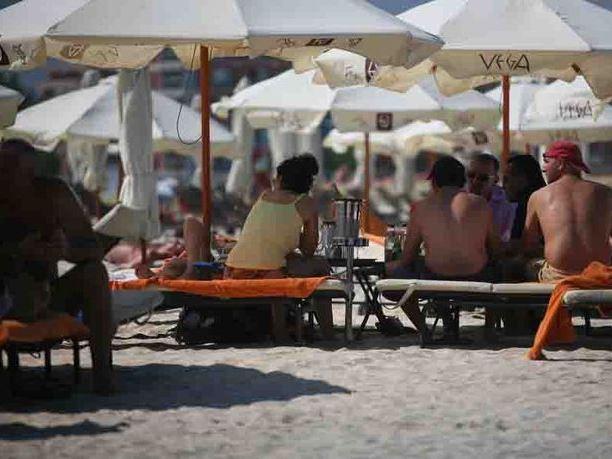 Avertizări MAE pentru românii care urmează să plece în concediu