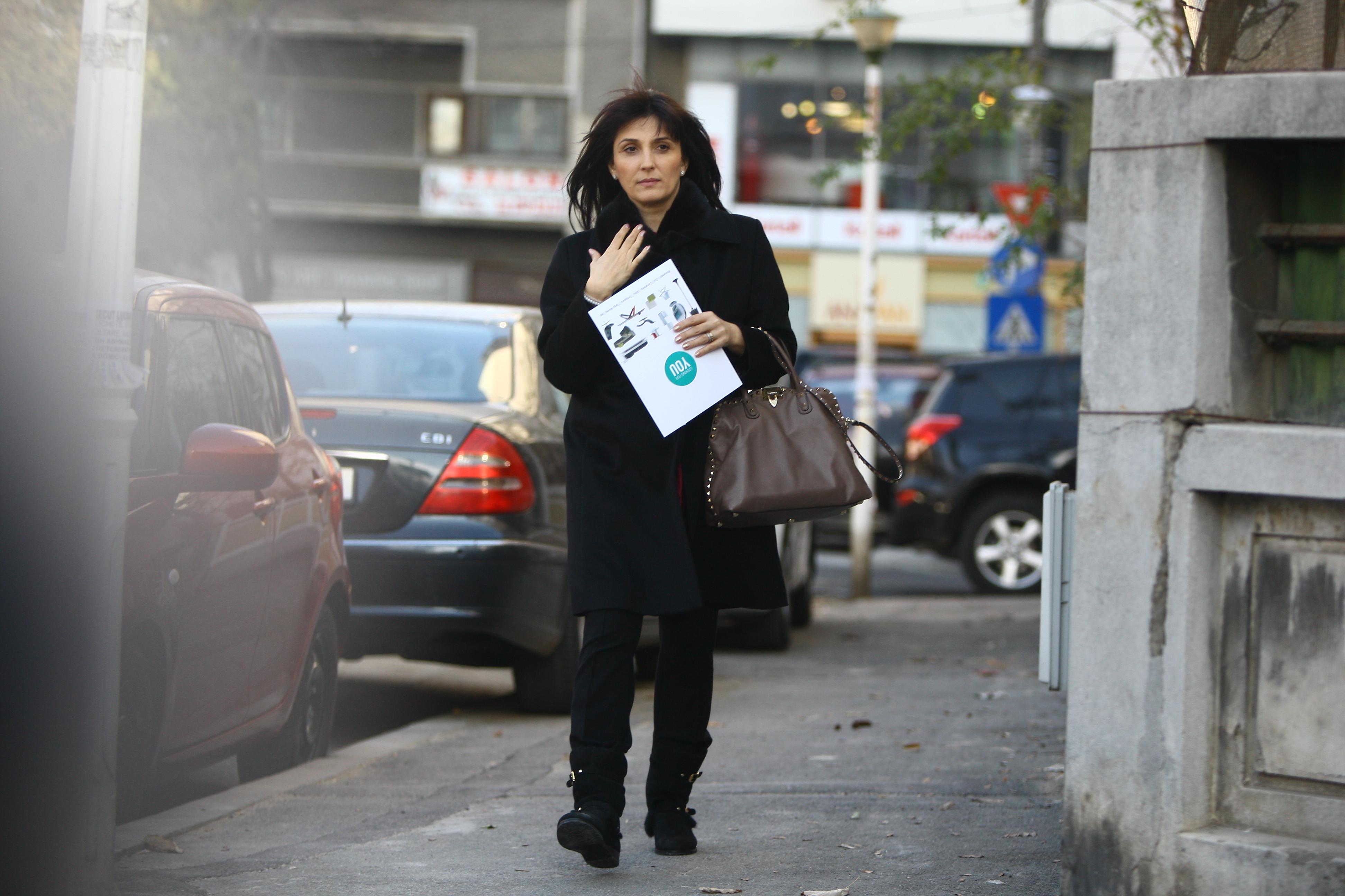 Cine este de fapt Luminița, soția lui Gigi Becali. De ce apare rar în public și cum se poartă cu ea patronul FCSB