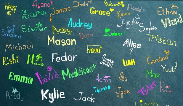 99+ de nume de fete. Cum alegi numele perfect dacă ești proaspăt părinte în 2019