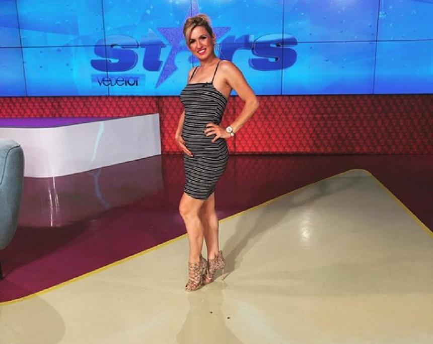 """Lacrimi în platoul Star Matinal, la Antena Stars. Una dintre prezentatoarele matinalului, nevoită să își ia """"adio"""" de la colegi"""