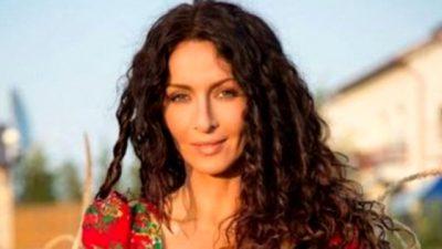 Așa arăta Mihaela Rădulescu la prima apariție la TV, în 1994. FOTO