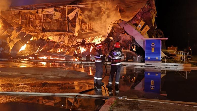 Incendiu în Bamboo, Mamaia. Gestul extrem al unui angajat pentru a se salva
