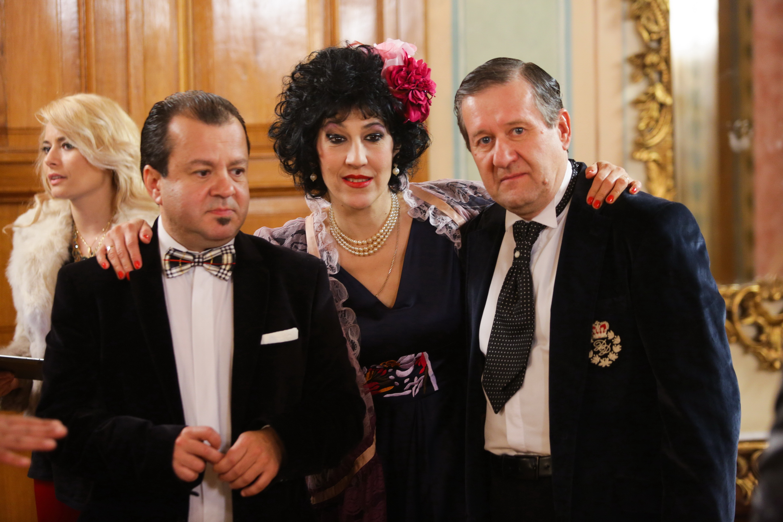 Ce a ajuns să facă Dragoș Moștenescu, Costel din la Bloc, în Anglia. Și-a luat familia și a renunțat la România definitiv