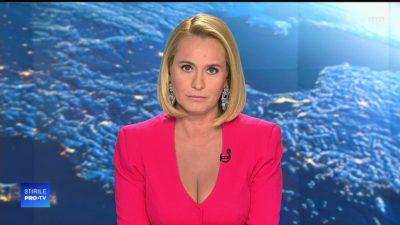 Toți îi spun acum știrista de la PRO TV, dar cum era strigată Esca până să devină cunoscută. Ce spune vedeta despre porecla ei