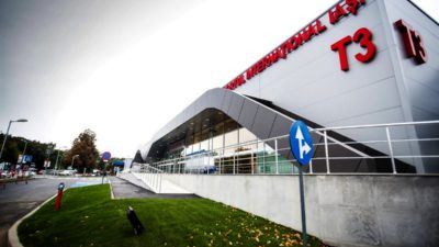 Un tânăr a murit pe Aeroportul din Iași, după ce a fost strivit de o schelă