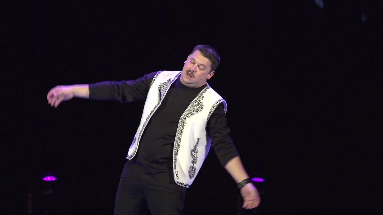 Ce a făcut Mihai Bobonete atunci când a crezut că nu-l vede nimeni! Actorul din Las Fierbinți, gest în plină stradă