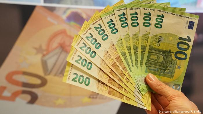 Curs valutar pentru aiz, 17 septembrie, indicat de către Banca Națională a României