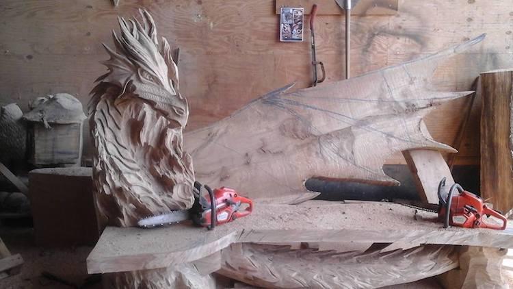 igor-loskutow-chainsaw-art-dragon-bench-5