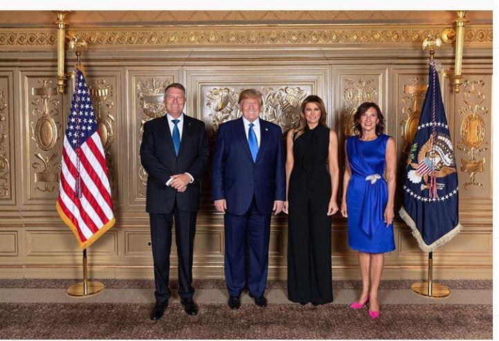 Cum a apărut Carmen Iohannis în SUA, alături de Melania Trump. Lungimea ținutei, o nouă dispută?
