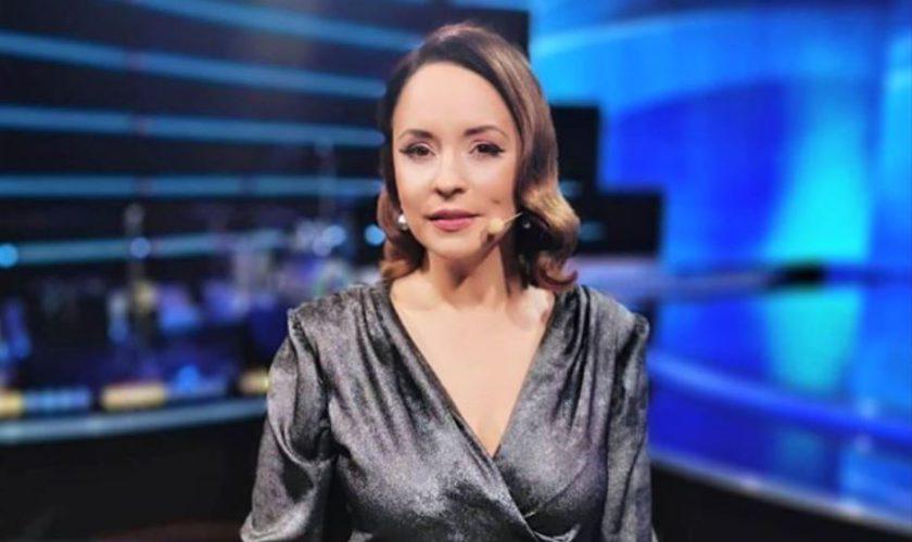 Andreea Marin şi-a surprins fanii cu o imagine din tinereţe. Cum arăta când s-a angajat prima dată la TVR