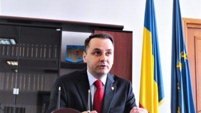 Cine este Vasile Cristian Lungu, parlamentarul PMP care a venit cu ambulanța pentru a vota la moțiunea de cenzură