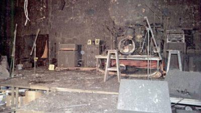 Cum arată clubul Colectiv la 4 ani de la tragedie. Mirosul de moarte încă se simte, însă un alt detaliu e tulburător. Ce se află pe o masă