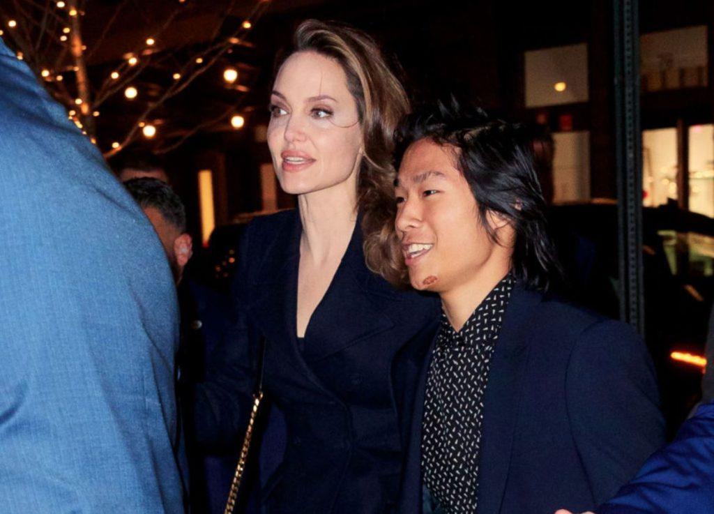 Angelina Jolie și-a dezmștenit cinci din cei șase copii. Cine este favoritul actriței și ce părere are Brad Pitt de diferențele făcute între micuți chiar de mama lor?