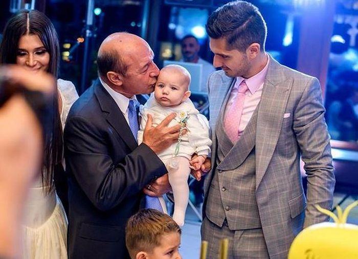 Elena Băsescu s-a despărțit de Cătălin Gheorghe, tatăl fiicei sale. De când nu mai sunt împreună