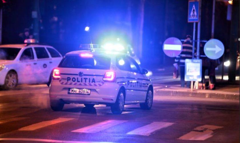 Clipe de coșmar în centrul Capitalei! Un bărbat înarmat cu un cuțit a atacat mai mulți trecători. Ce au descoperit polițiștii. Video