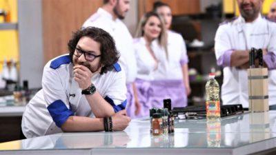"""Florin Dumitrescu, palpitații pe platourile de filmare de la Antena 1: """"Mă apucă nervii și îmi crește tensiunea!"""". Ce a pățit juratul Chefi la Cuțite"""