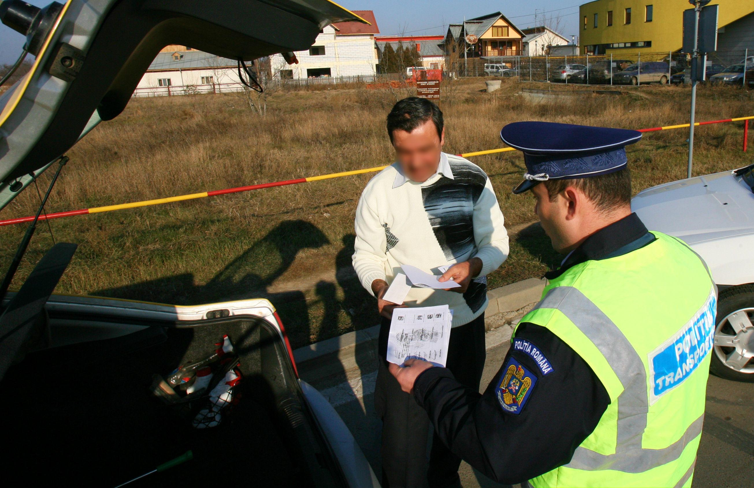 Cod rutier 2019. 5 greșeli banale pentru care șoferii riscă să rămână fără permis. Ce trebuie să afle neapărat conducătorii auto