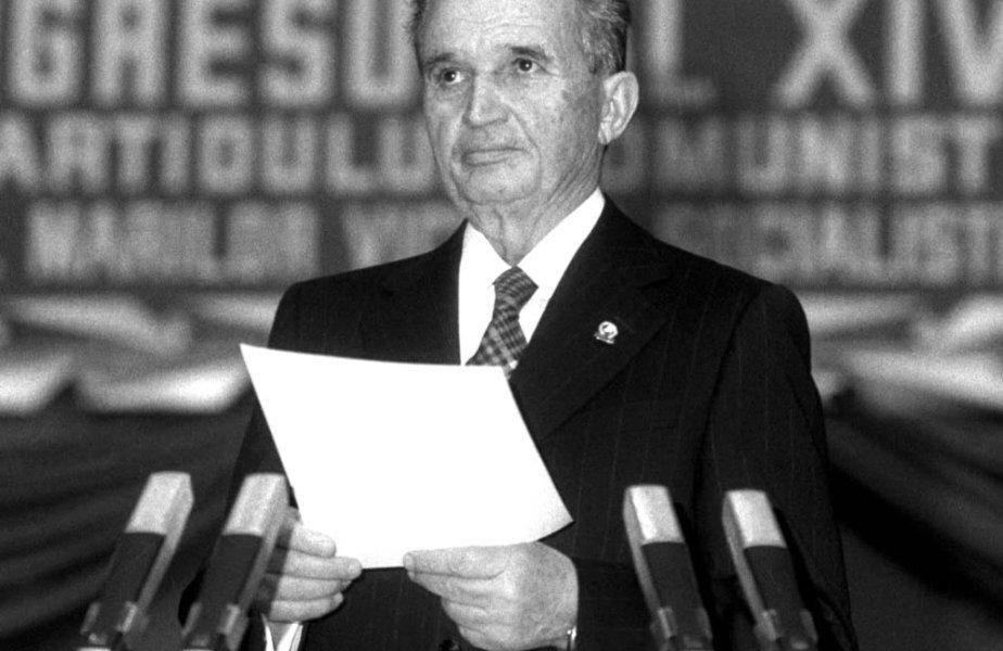Poftele lui Nicolae Ceușescu, literă de lege. A trimis oamenii cu avionul în plină iarnă pentru a putea mânca pepene galben