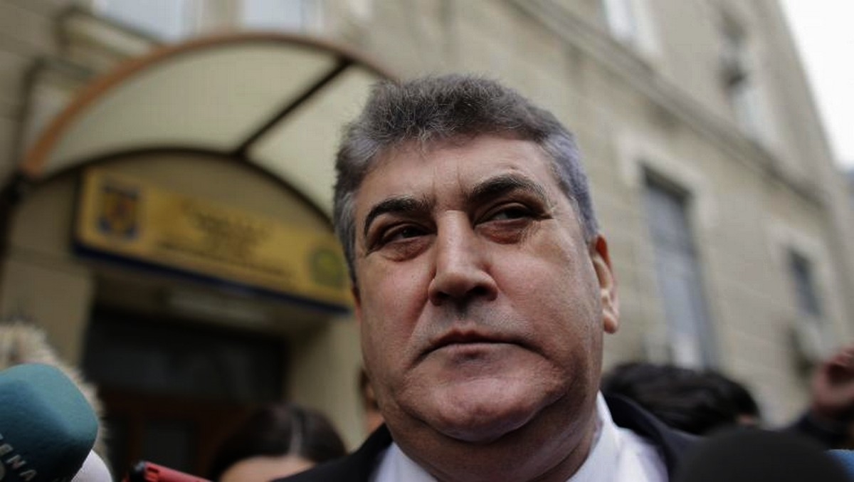 Gabriel Oprea i-a fost alături Vioricăi Dăncilă. Acesta a consolat-o, după aflarea eșecului de la prezidențiale