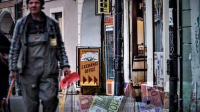Curs valutar BNR, marți, 19 noiembrie: cât costă euro și ce se întâmplă cu dolarul