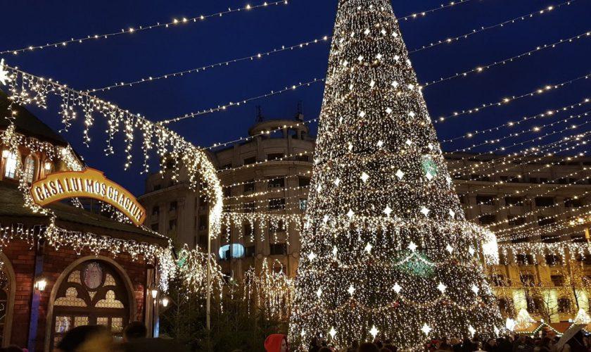 Când se aprind, în Capitală, luminițele de Crăciun. Schimbare majoră față de anul trecut