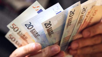 Curs valutar BNR miercuri, 27 noiembrie: Cât costă euro și dolarul la casele de schimb