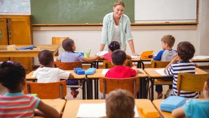 Schimbări uriașe în învățământul românesc, după reducerea orelor elevilor