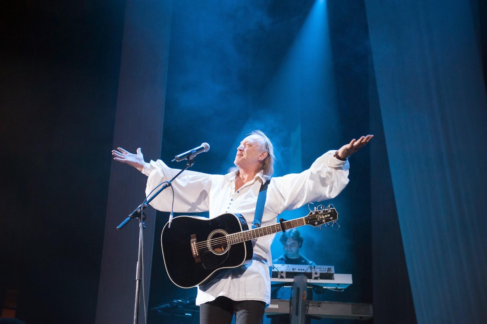 Ștefan Hrușcă pe scenă