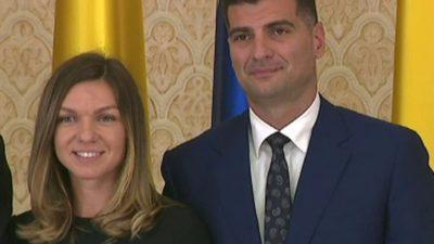 Câți bani câștigă Toni Iuruc. Iubitul Simonei Halep face o avere fără să ridice un deget
