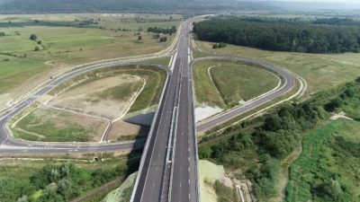 Lotul 3 al autostrăzii Lugoj-Deva se poate utiliza de către șoferi. Restricții de viteză și tonaj, pe cei 21 de kilometri