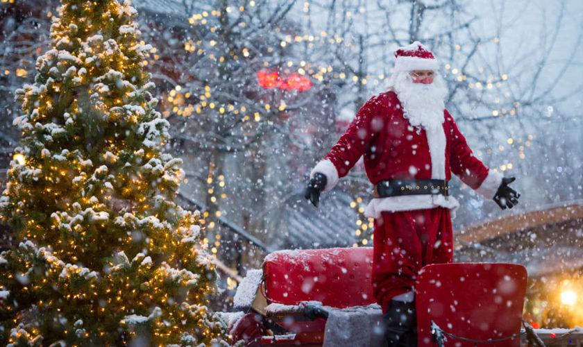 Mesaje de Crăciun: cele mai trăsnite urări, SMS-uri și felicitări amuzante. Idei pentru rude, șefi și oameni pretențioși