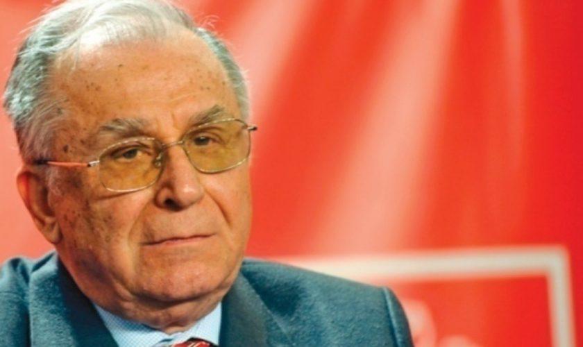 """Ion Iliescu, reacție dură la adresa revoluționarilor din Piața Universității. """"Libertatea a fost cucerită cu un preț greu"""""""